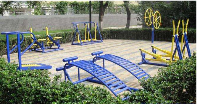 How much do you know about outdoor fitness equipment?
