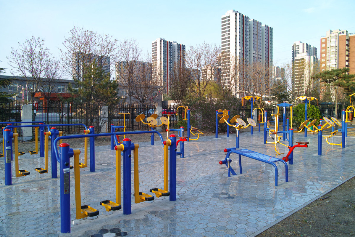 The benefits of using outdoor exercise equipment